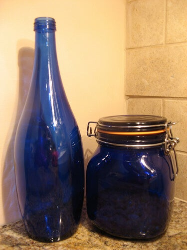 blue-bottle-susanvg