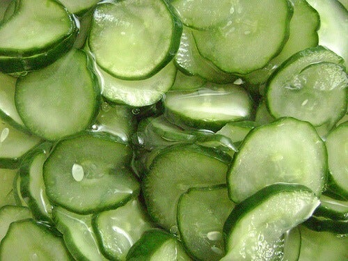 You can make an anti-wrinkle mask out of cucumbers.