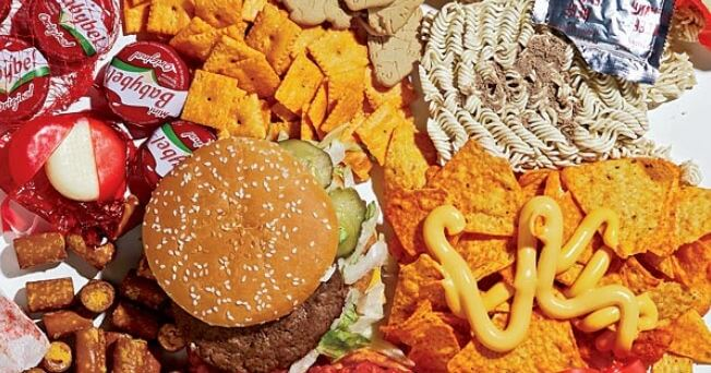 Eating junk food is one of the habits that damage your intestines