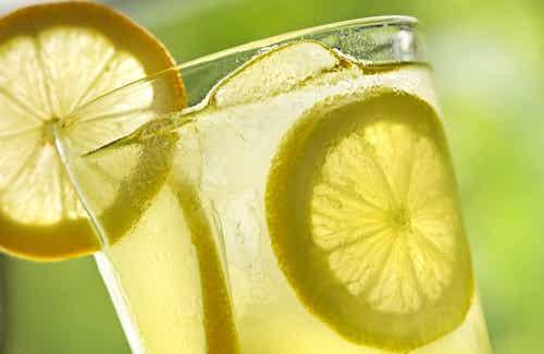 10 Benefits of Drinking Warm Lemon Water Every Morning