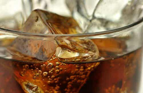 5 Beverages to Avoid and Their Healthy Alternatives