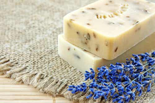 How to Make Homemade Lavender Soap