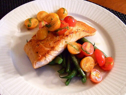 Salmon to fight belly fat