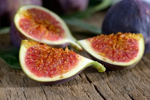 Lose Weight with Fruit: A Great Natural Diuretic