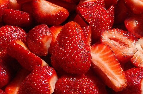 Fresh pieces of strawberry