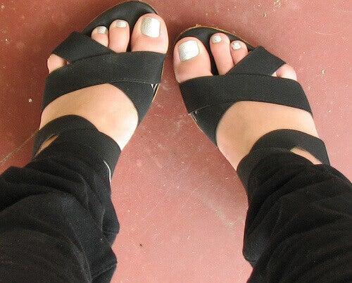 Healthy feet in sandals
