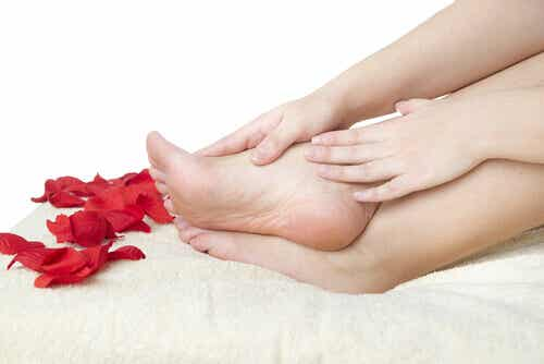 The 10 Commandments for Healthy Feet