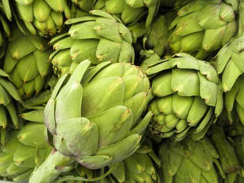 10 Reasons to Eat Artichoke