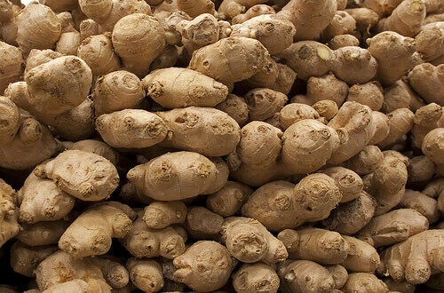Big pile of ginger