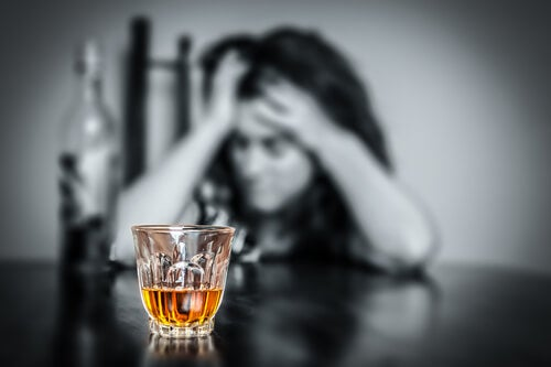 Alcohol consumption is one of the habits that damage the brain