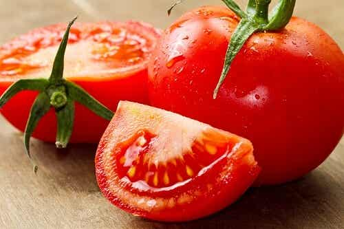 Learn How Tomatoes May Help You Reduce High Blood Pressure