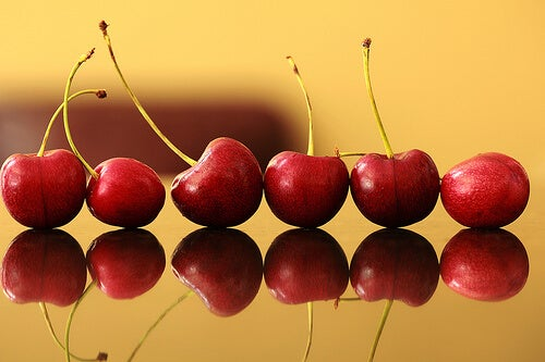 Cherrie help treat uric acid and cholesterol