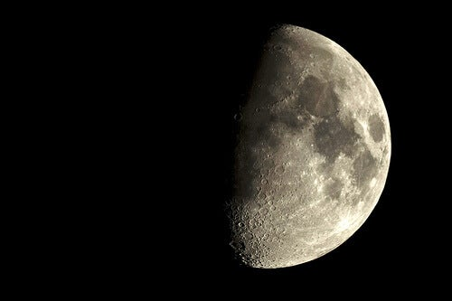 How the moon can affect your life