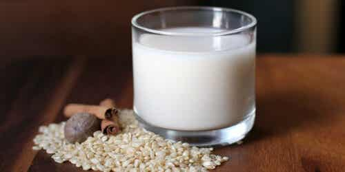 Tips on How to Lose Weight With Rice Milk