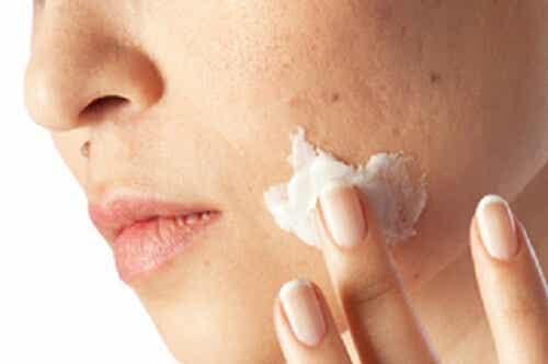 Cleanse Skin Impurities to Look Beautiful