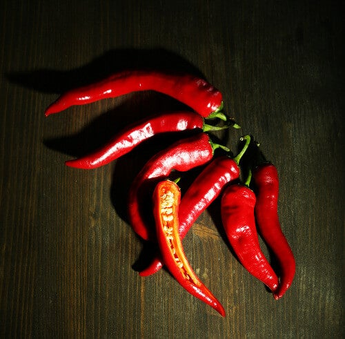 3 chili peppers