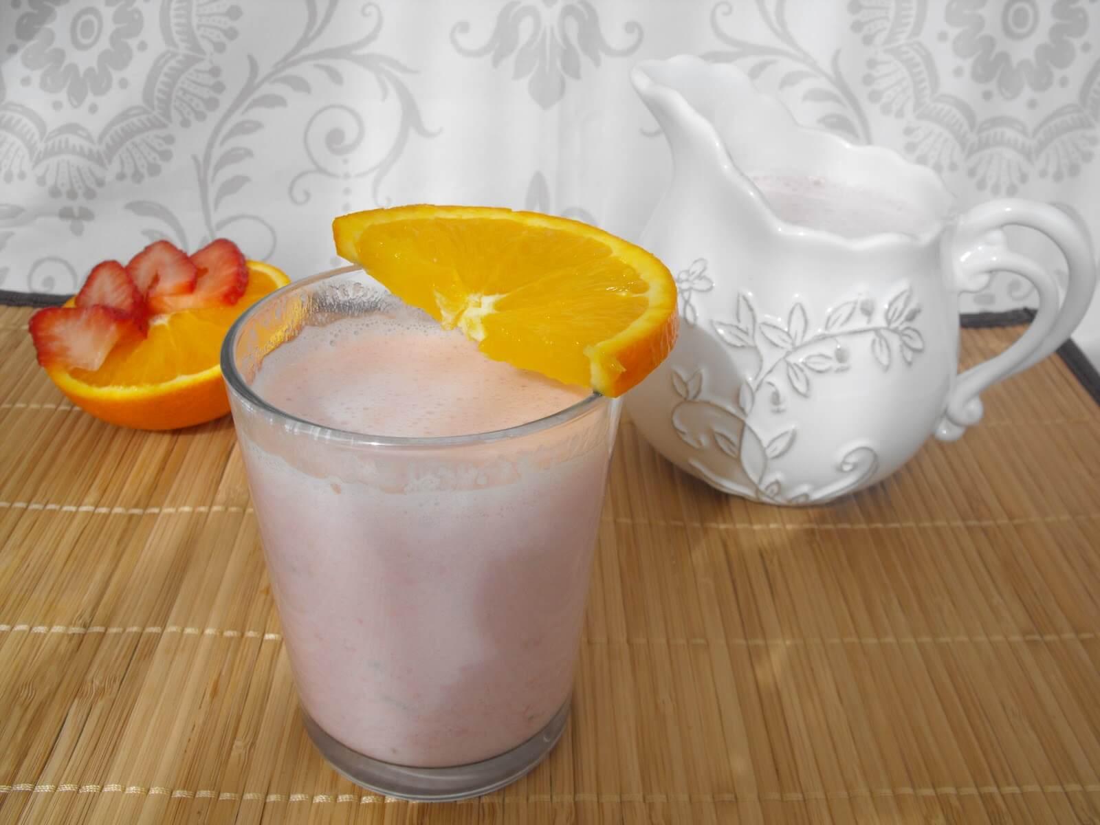 strawberry orange aloe vera smoothie
