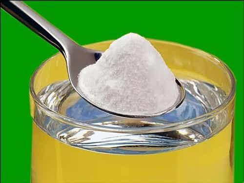 7 Amazing Benefits of Baking Soda