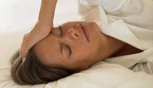 Naturally Treat Menopause Symptoms