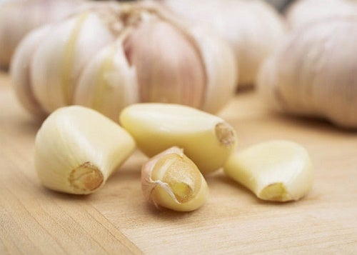 1 garlic to fight 3 pineapple juice to fight 2 garlic to fight Intestinal Parasites