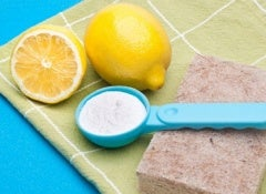 Lemon 3 Baking Soda 2 Spray to to Clean Your Home Naturally