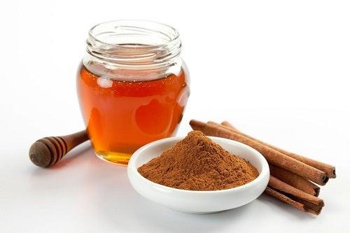 3 cinnamon honey