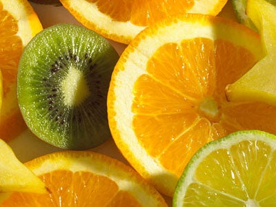Oranges and kiwis to help eliminate excessive mucus