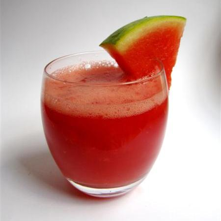 Glass of watermelon and grapefruit juice to eliminate excessive mucus