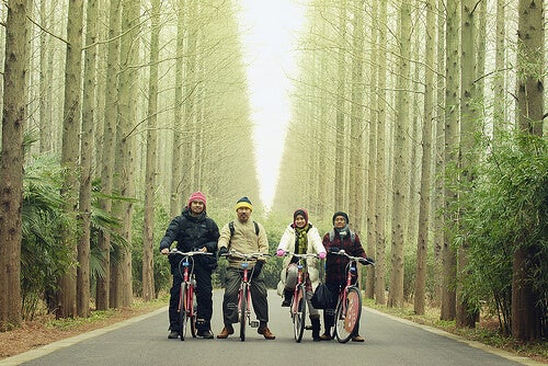 A family riding their bicycles together