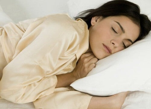 Benefits of Sleeping on the Left Side of Your Body