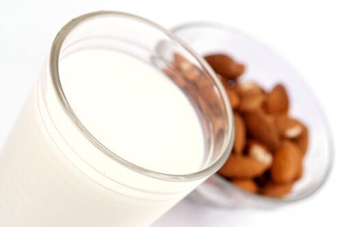 The benefits of almond milk are numerous