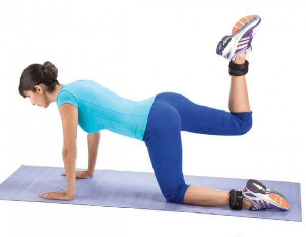 leg lifts to tighten your glutes