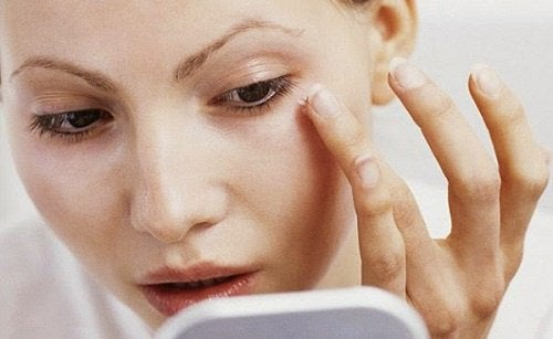 Beauty Tricks To Make Your Face Look Thinner