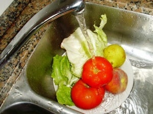 Tips and Recommendations for Washing Fruits and Vegetables