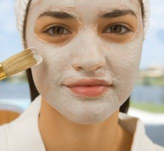 Clay mask to get rid of enlarged pores