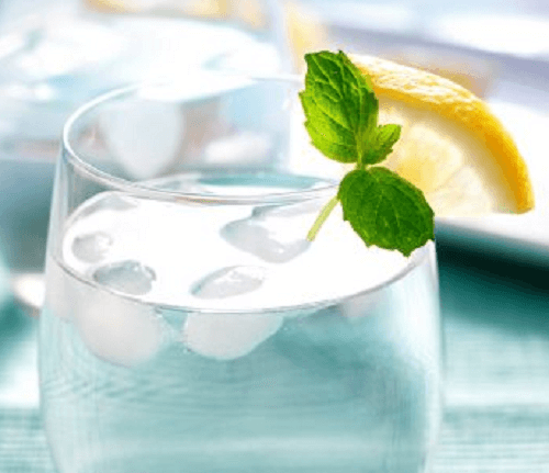 3 ice water lemon