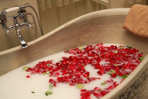 4 relaxing bath
