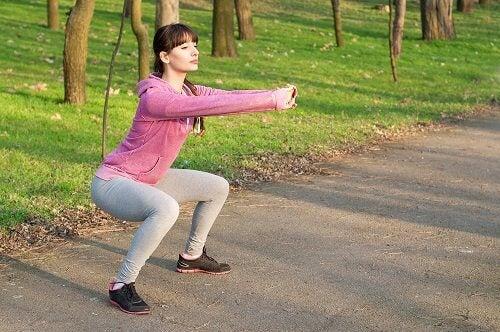4 squats