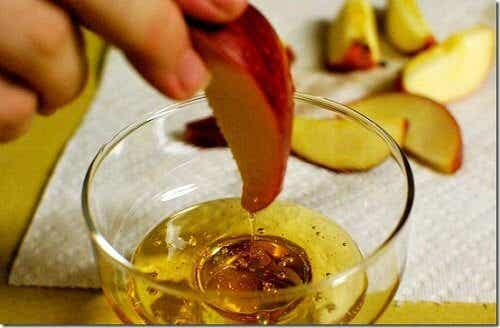 How to Use Apple Cider Vinegar for Weight Loss and Detoxing