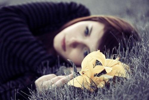 4 Tips to Overcome Sadness