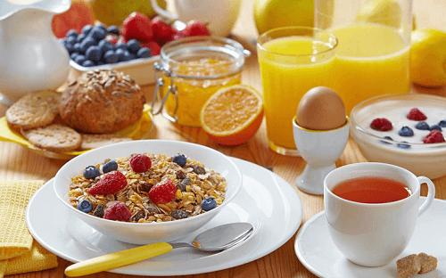 Healthy breakfast to burn fat
