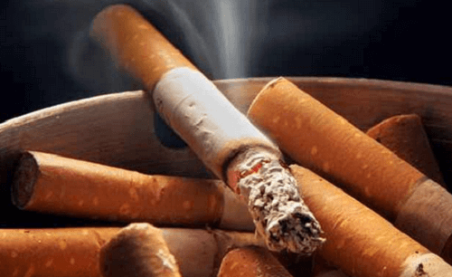 Cigarettes can cause coronary artery obstruction.
