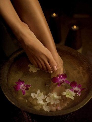 flower bath for feet