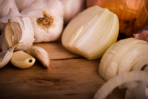 garlic natural antibiotics