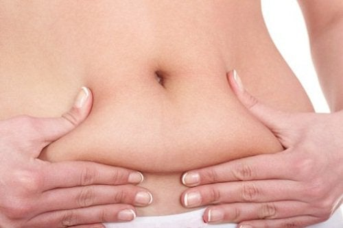 Eliminating belly fat is one of the benefits of apple cider vinegar