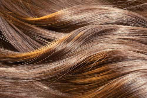 7 Natural Remedies for Healthier Hair
