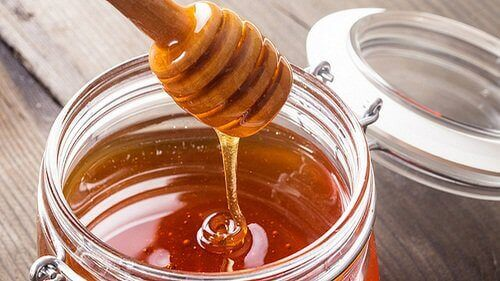 Honey in Tibetan elixir