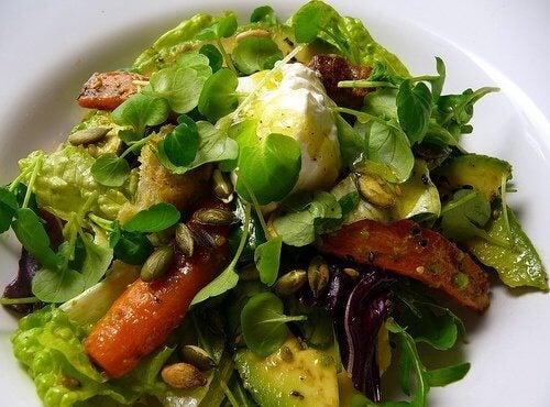 1 avocado salad as a main course
