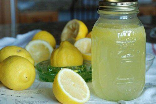 Sitruuna puhdistuskuuri