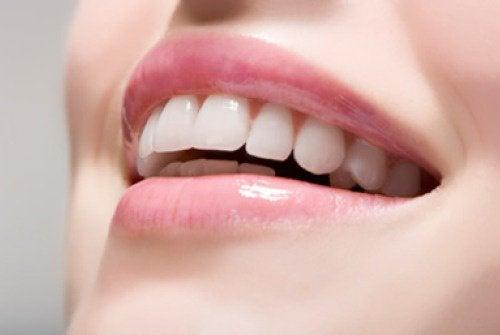 Vanheneminen ja hampaat